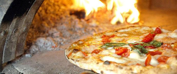 Гастрономические туры в Неаполе. Фото пиццы